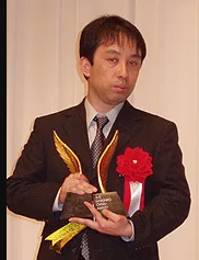 雫井脩介氏